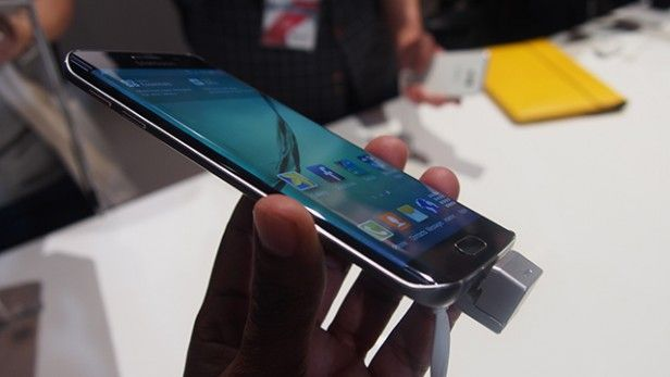 Samsung-Galaxy-S6-hands-on-122
